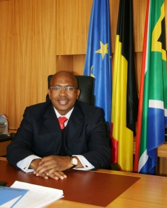 H.E. Ambassador NKOSI, Ambassador of South Africa to the Benelux