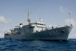 The Belgian Navy rescues 422 migrants. #belgium #begov #italy #immigration