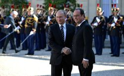 France fights against ISIL between Russia and US   #france  #russia #US#ISIL
