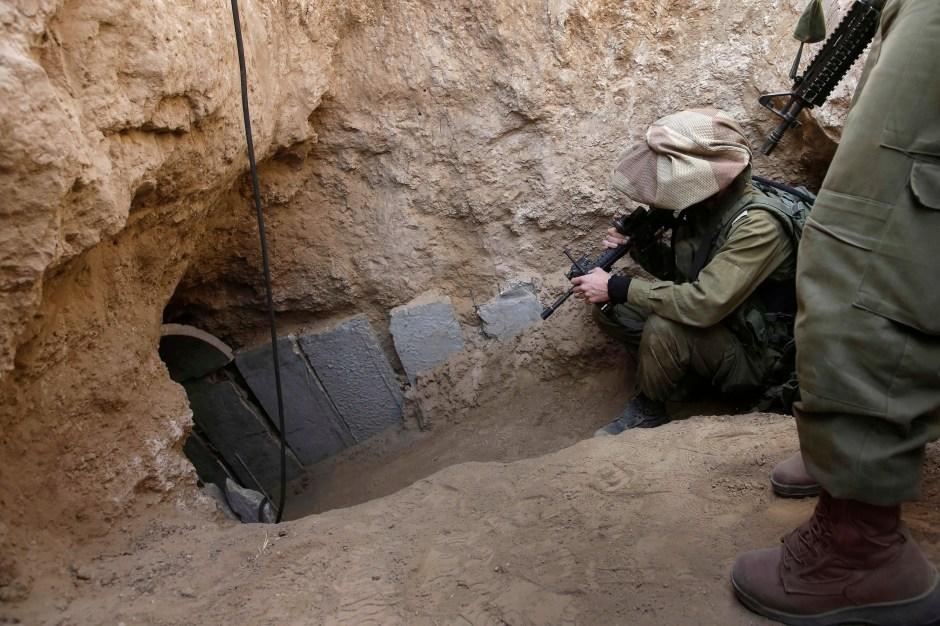 mideast-israel-pakestinians-tunnel-threat-1