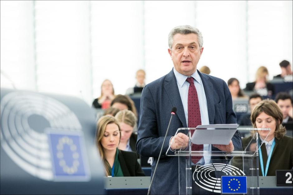 Filippo Grandi, UN High Commissioner for refugees addresses the plenary © European Union 2016 - EP