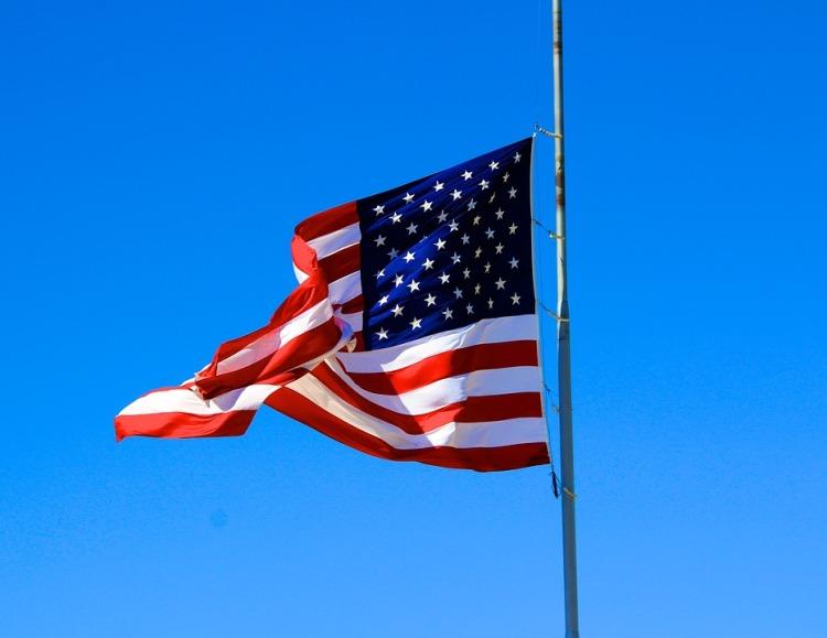 usa-flag-1181877_960_720
