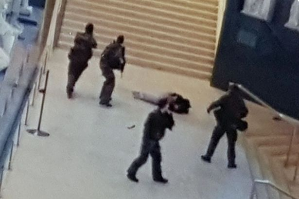 louvre-attack