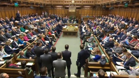 UK: MPs vote to leaveEU
