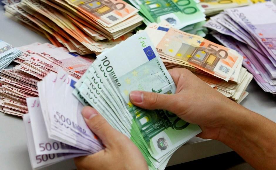 Moeny EURO