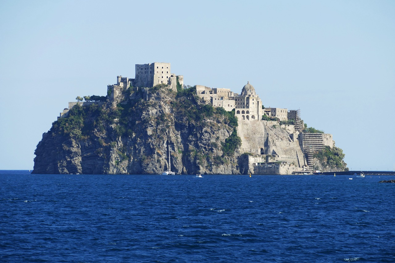 Earthquake hits Ischia island