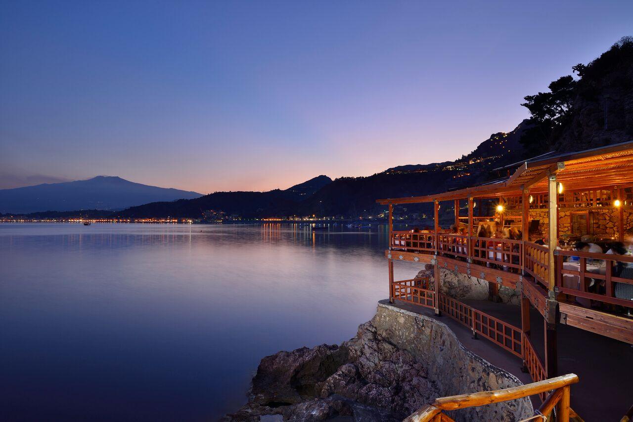 UNAHOTELS Capotaormina. Elegant and charming Sicily retreat