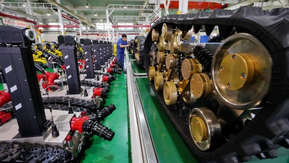 Economic Watch: China's industrial profits rebound as economy firms up