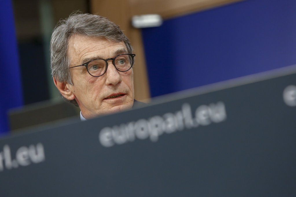 EP President: Deeply worried by lack of progress in Brexit negotiations